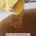 med vyčištěný od voskových nečistot
